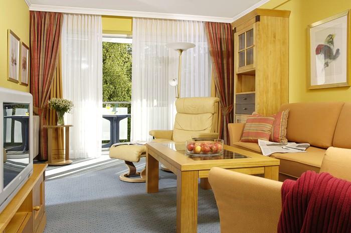 in binz auf der insel r gen. Black Bedroom Furniture Sets. Home Design Ideas
