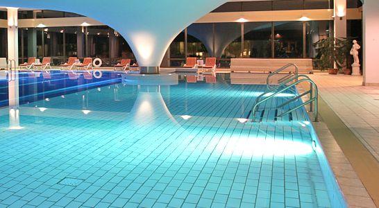 Hotel Mit Schwimmbad Auf Rugen