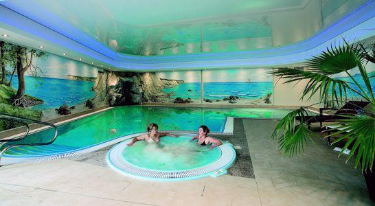 Wellnesshotel mit Schwimmbad in Göhren auf Rügen
